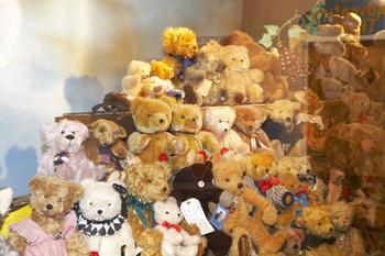https://static.tvtropes.org/pmwiki/pub/images/teddy_bear_collection.jpg