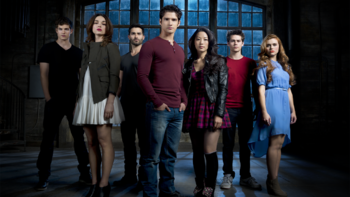 https://static.tvtropes.org/pmwiki/pub/images/teen_wolf_season_3_main_cast_s3b_credit_matthew_welch_cropped_2.png