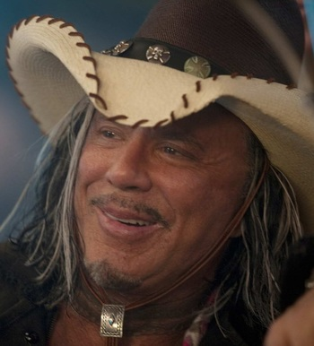https://static.tvtropes.org/pmwiki/pub/images/the_expendables_mickey_rourke.jpg