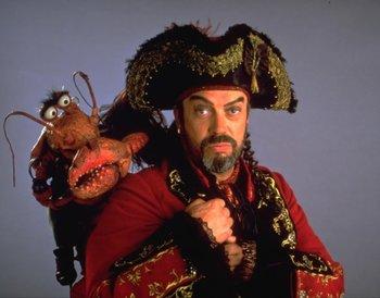https://static.tvtropes.org/pmwiki/pub/images/tim_curry_beard_muppet_treasure_island.jpg