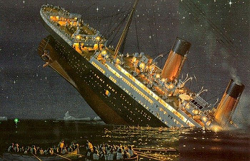 http://static.tvtropes.org/pmwiki/pub/images/titanic_sinking.jpg