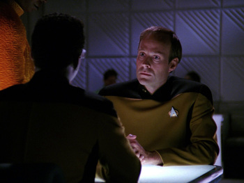 https://static.tvtropes.org/pmwiki/pub/images/tng_hollow_pursuits_hd_232.jpg
