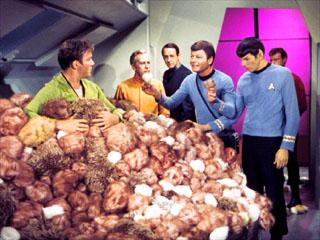 https://static.tvtropes.org/pmwiki/pub/images/trouble_with_tribbles_7320.jpg