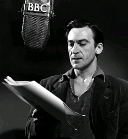 http://static.tvtropes.org/pmwiki/pub/images/troughton_4079.jpg