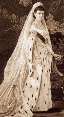 http://static.tvtropes.org/pmwiki/pub/images/tsarina_of_russia_ermine_gown.jpg