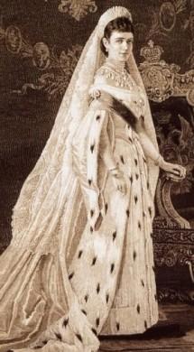 https://static.tvtropes.org/pmwiki/pub/images/tsarina_of_russia_ermine_gown.jpg