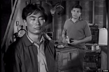 twilight_zone_the_encounter_526.jpg