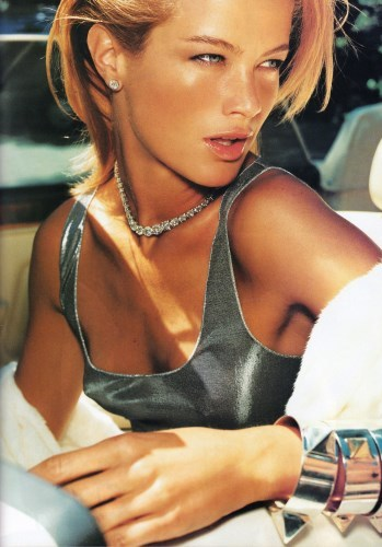 https://static.tvtropes.org/pmwiki/pub/images/vogue_1999_carolyn_murphy.jpg