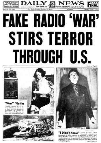 http://static.tvtropes.org/pmwiki/pub/images/war_of_the_worlds_1938_radio_panic.jpg