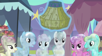 https://static.tvtropes.org/pmwiki/pub/images/watching_ponies_are_rejuvenated_by_rarity_s3e2_2.png