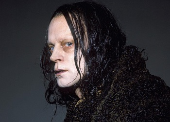 http://static.tvtropes.org/pmwiki/pub/images/wormtongue_grima_3547.jpg
